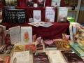 ... unser dekorierter Büchertisch